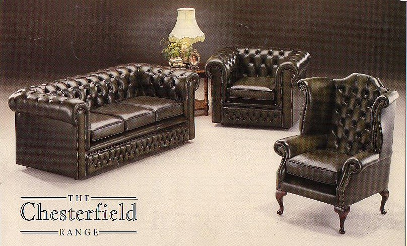 Chesterfield suite by EM ITALIA